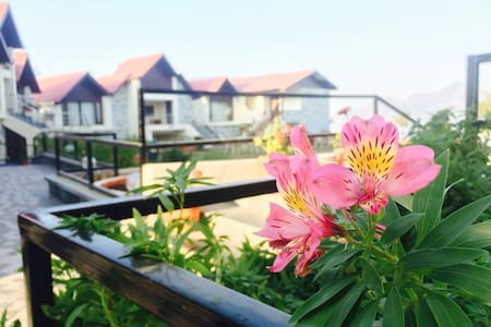 Cozy Stay Cottages With Mesmerizing View - Shimla - Boutique-Hotel