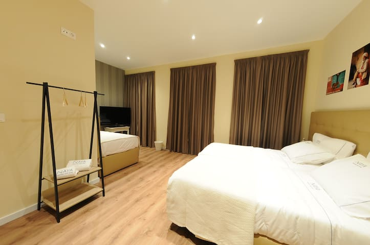 NAYA - Downtown Guesthouse - Suite India