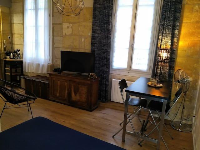 Studio Premium* Cœur historique de Bordeaux