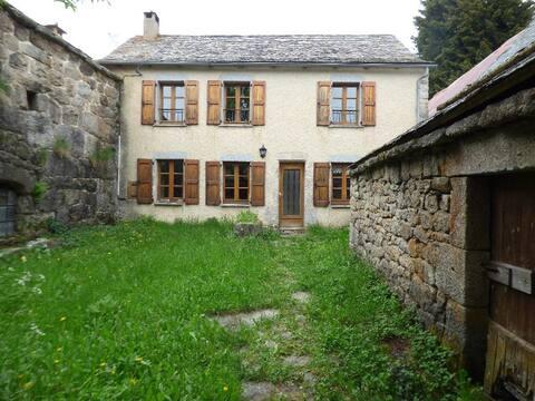 Chez Eugène - Mont Lozère - La Brousse