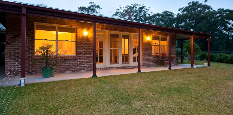 The Warren: A relaxed farm stay - Kangaroo Valley - Huis