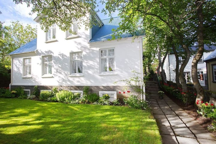 Amazing charm in the heart of downtown 4 - Reykjavík - Hus
