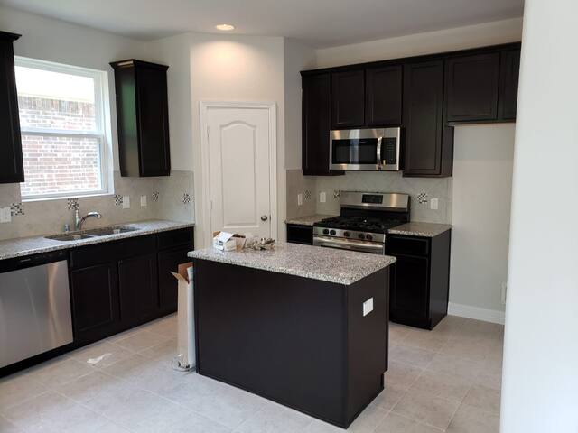 Beautiful and affordable Home in Conroe/ Woodlands