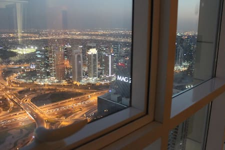 Beautiful Ensuit Room with breathtaking view !! - Dubai