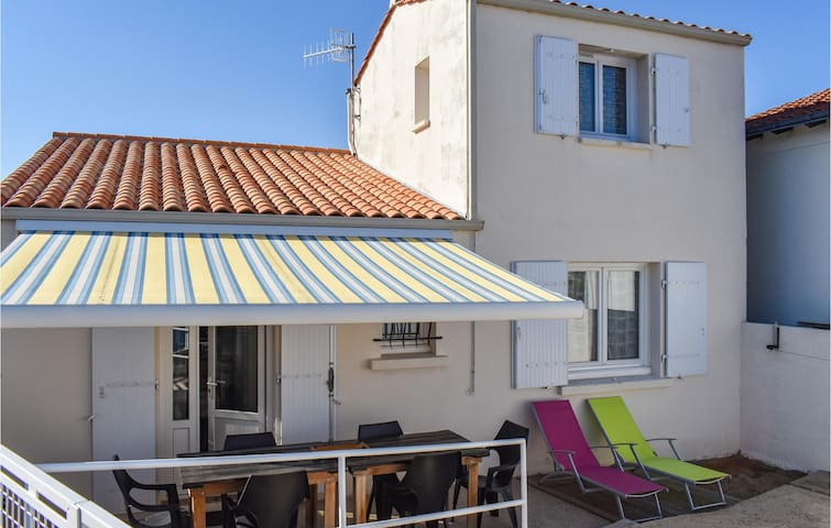 Holiday cottage with 1 bedroom on 46m² in La Tranche-sur-Mer