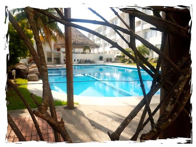 Alberca, Playa y Descanso Depto Veracha's Dream.