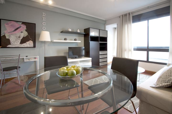 Plaza Castilla Apartment - Nice Views