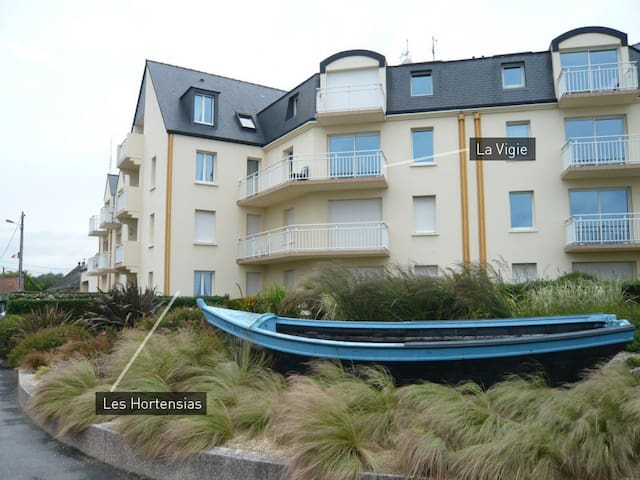 """Les Hortensias"" - Saint-Vaast-la-Hougue - Apartment"