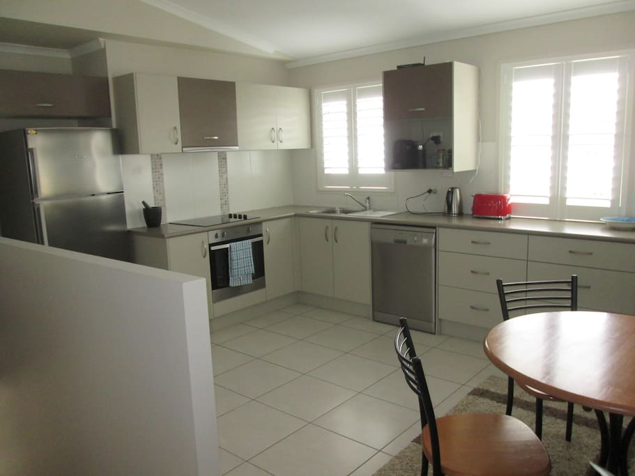 Fully equipped kitchen with dishwasher and Nespresso coffee maker
