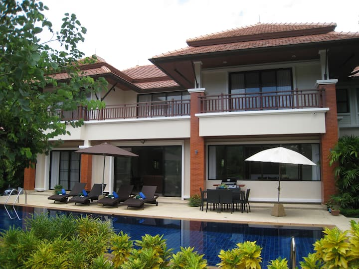 Luxury 4 Room Pool Villa In Laguna Phuket