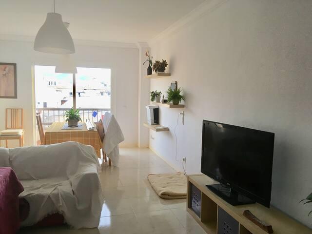 Luminosa y preciosa habitación con terraza privada