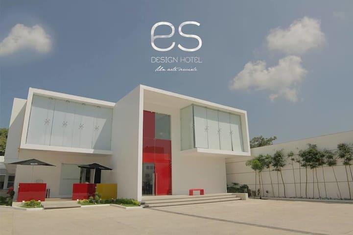 Es Desing Hotel, Habitaciones con diseño