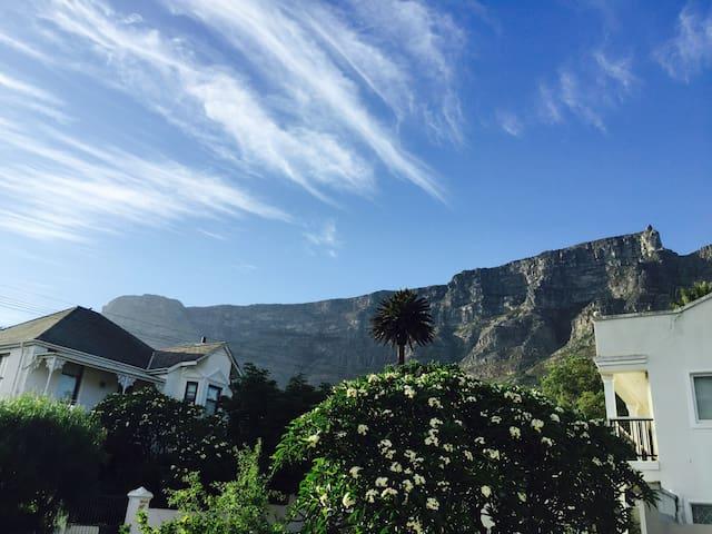 24 Rosmead Avenue - Cape Town - House