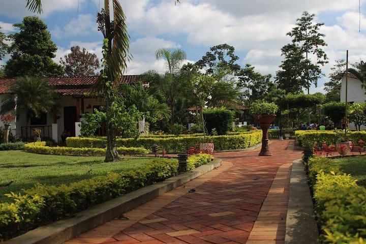 Casa Campestre - General Antonio Elizalde Canton - Casa