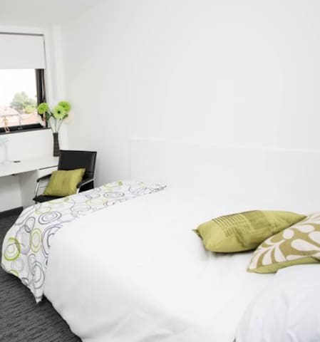 Comfortable City Accomodation London City Airport