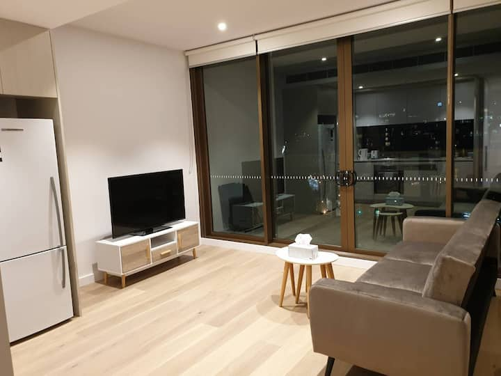 New One Bedroom Apartment in Darling Harbour