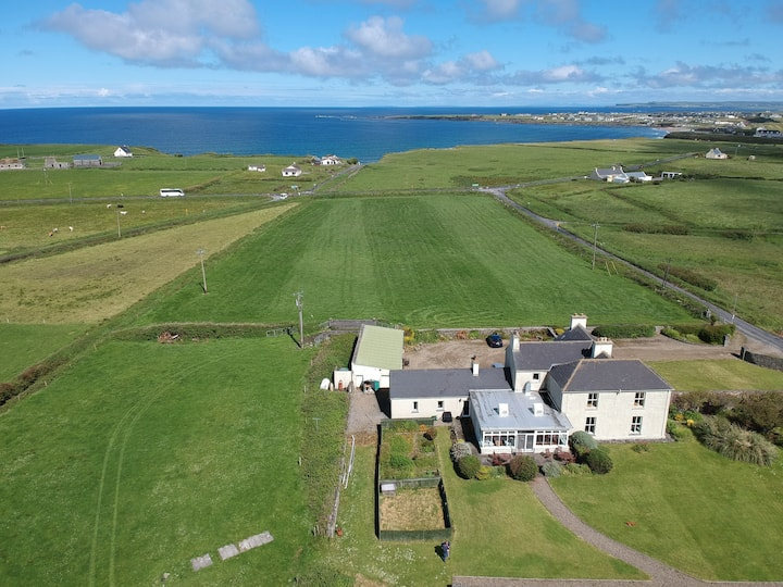 Berry Lodge Country House, Spanish Point, Clare