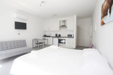 Suite Twin/Double in the Heart of Lagos LS2