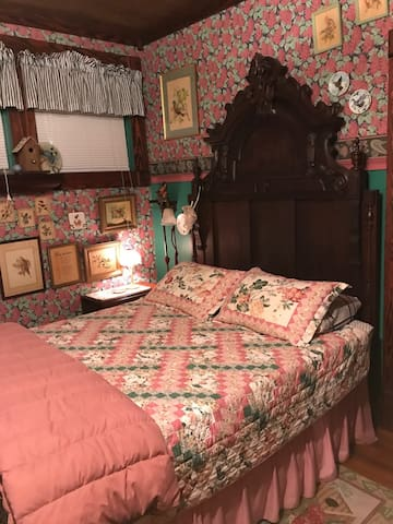 The Victorian Room at Stay Inn Style B&B
