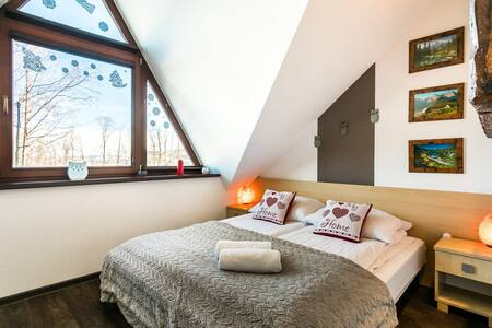 Interesting & cozy apartment in the great area