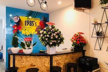 1985'S HOMESTAY, CAFE , #103 Deluxe