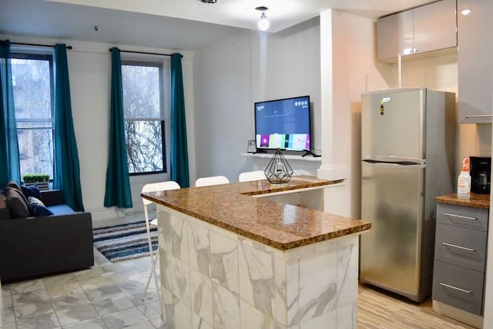 Modern & Spacious 3 Bds, 1 Bth in the heart of NYC