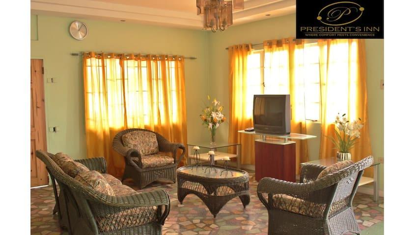 President's Inn (Port of Spain- Trinidad)