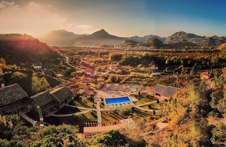 Eco Resort Cermeniza - Villa Bouquet