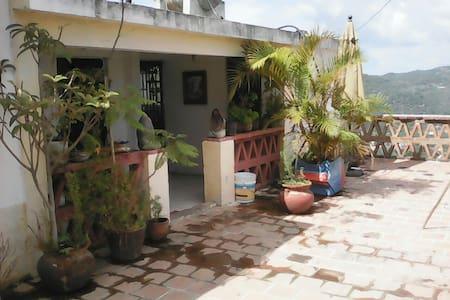 Casa de Lugo - Taxco