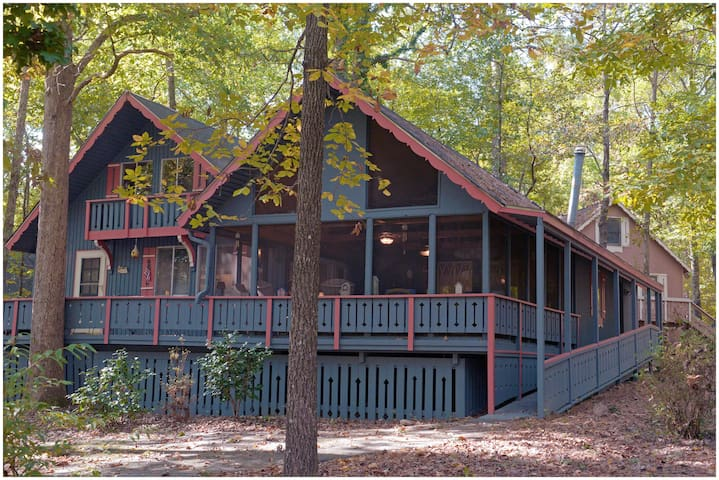 Pine Mountain Club Chalets - Offlake Four Bedroom #25 - Pet Friendly