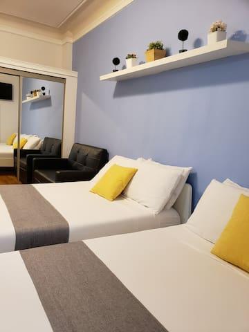 Stylish Studio Apartment Central Midtown Manhattan
