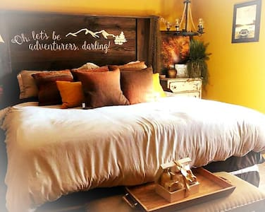Endless Mountains Lodge~Angler's Cove Suite