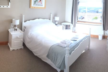 Moor Edge Bed & Breakfast Room 1 - 惠特比(Whitby)