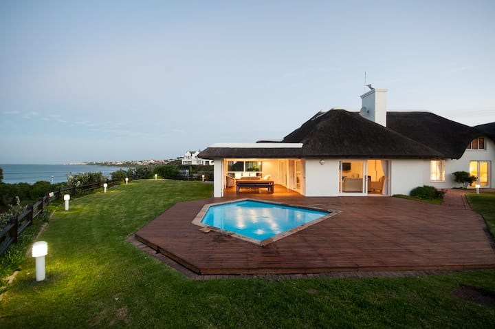 Samaki Beach Lodge - South Africa