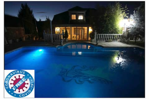 Villa de lujo en la montaña con piscina privada