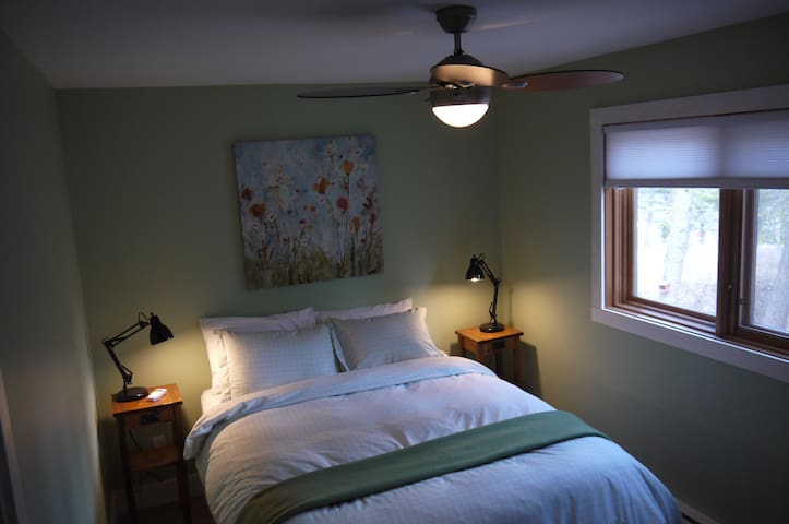 Owl Suite - The Perfect Couples Escape - Invermere - Huis