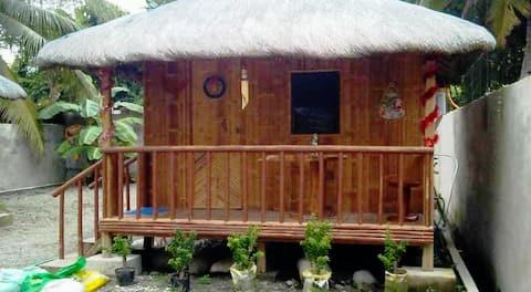 Bamboo House NEAR THE BEACH (FREE BEACH ACCESS)