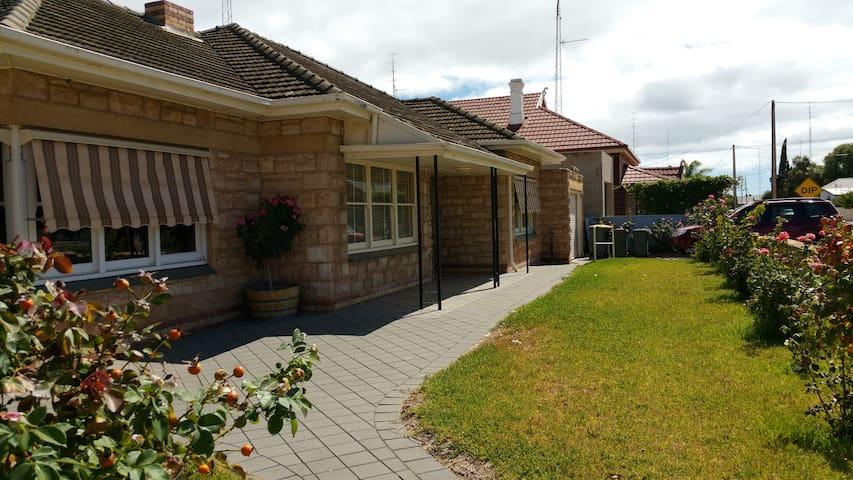 Holiday House Wallaroo  SA