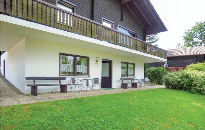 Holiday apartment with 2 bedrooms on 96m² in Thalfang
