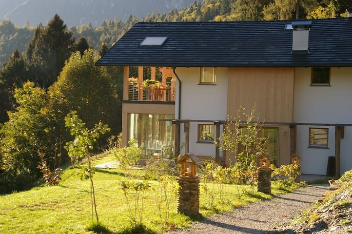 Verdecrudo Agriturismo, camere matrimoniali - Calceranica al Lago - Bed & Breakfast