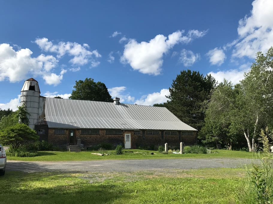 The barn that houses the yoga studio.