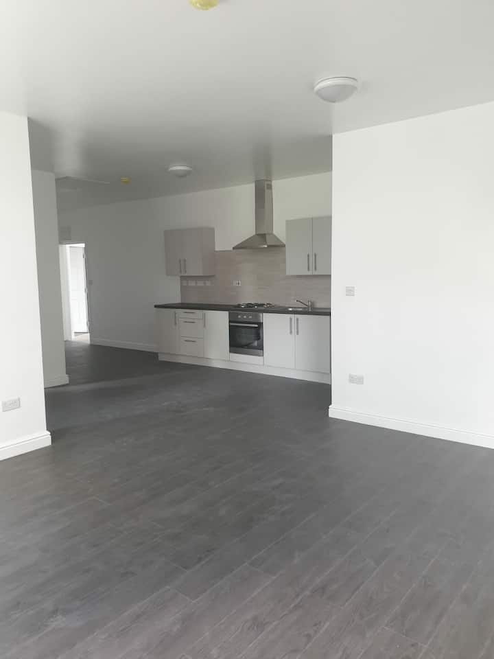 Brand new 1 bedroom flat private location