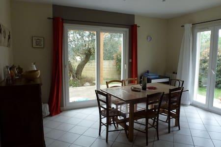 Belle villa, entre vignes et rivière - Gignac - 独立屋