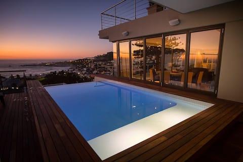 Elegance Villa (Heated Pool)