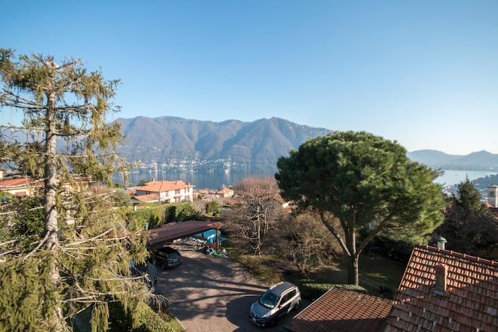 Torretta di Cernobbio (Lago di Como)