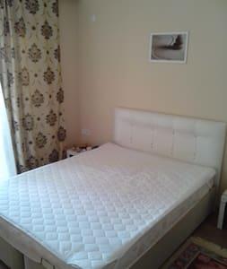 спальня в двухкомнатной квартире - Donetsk