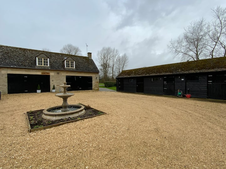 Stable Lodge at Bledington Mill