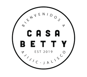 Two bedroom right in the center of town Casa Betty