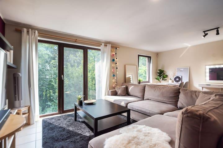 Appartement meublé, 2 chambres à 5 km de lln