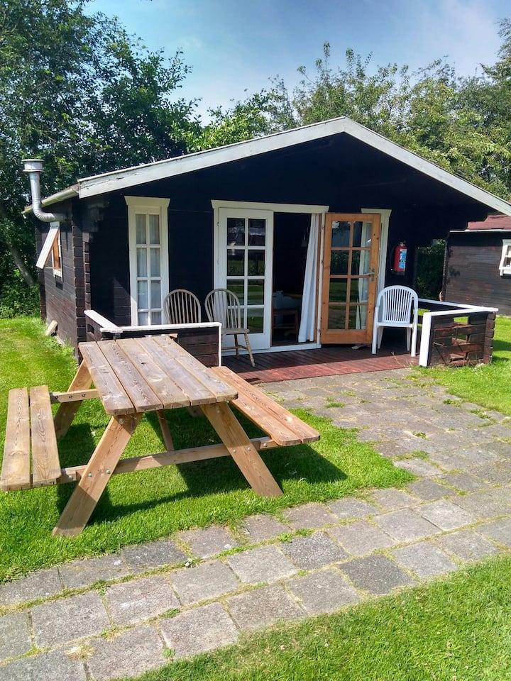 Blokhut 2 te huur op de Hanenburcht Friesland